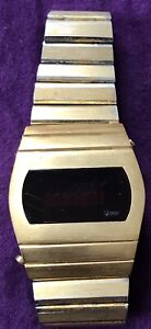 Vintage Quasar LED Digital Quartz Mens Wristwatch