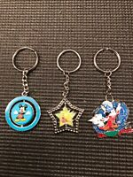 3 COLLECTIBLE DISNEY KEYCHAINS MICKEY MOUSE TINKERBELL PLUTO SORCERER KEY HOLDER