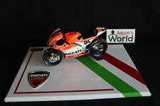 QSP Diorama 1:12 Ducati Corse show display