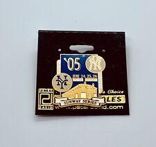 NY Yankees NY Mets 2005 Subway Series Lapel Hat Trading Pin Brand New Carded