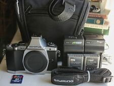 Silver Olympus OM-D E-M5 16MP Micro 4/3 Digital Camera Body Only- Excellent!