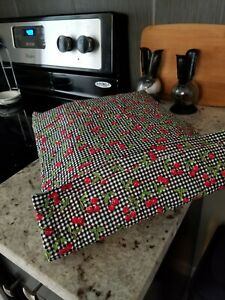 Casserole Carrier Insulated Hot or Cold for Pies Cakes Casserole Dish  Pot Locks
