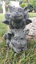 Zwei Drachen beim Bockspringen Figur Gartenfigur Deko Fantasy Gartendrachen