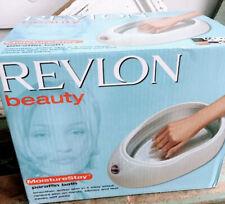 Revlon Beauty Deluxe MoistureStay Paraffin Wax Included Bath Spa