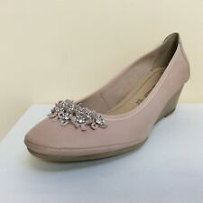 Marco Tozzi rose pink leather wedged embellished court shoes, UK 8//EU 41,  BNWB