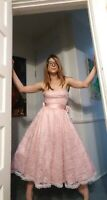 Stunning 1980's Pink Lace Gunne Sax Gown w/ Oversized Bow (XS/S)