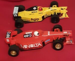 Genuine SCALEXTRIC F1 type cars- never been used BNWOB