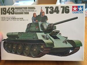 Tamiya 1/35 Russian 1943 Production T34/76 Model Tank Figure Kit #35059