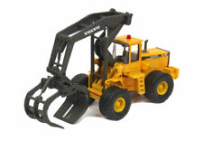 CARARAMA  CONSTRUCTION  VOLVO L180C LOADER WITH LOG GRAPPLE    1/87 HO  DIE CAST
