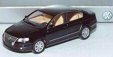 RARE VW PASSAT B6 3C 2.0 TDI SEL DEEP BLACK SALOON 1:87 WIKING (DEALER MODEL)