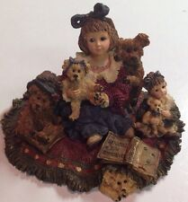 """Boyds Dollstone #3542 """"Kelly & Company.The Bear Collector"""" 1999 Limited Edition"""