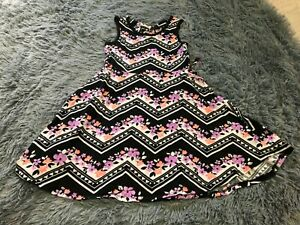 JUSTICE GIRLS SIZE 6 GEOMETRIC AND FLORAL PRINT SOFT SUMMER DRESS