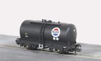 Peco NR-P77 N Gauge Tank Wagon Regent Oil