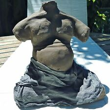 Sculpture Création Unique France Terre Cuite Femme Enceinte 21x21x15 Cm.3,230 Kg