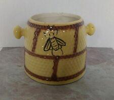 BEE HIVE BISCUIT JAR HONEYCOMB COOKIE JAR CANISTER HOUSE OF WEBSTER VINTAGE M45