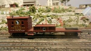 Bachmann HO Great Northern Old Time Work Train Caboose/Boom Care, Exc