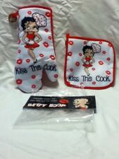 "BETTY BOOP KITCHEN OVEN MITT & POTHOLDER  - NEW ""KISS THE COOK'"" STYLE"