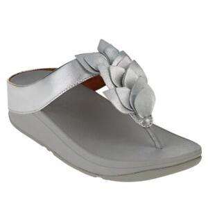 FitFlop Fino Leaf Leather Toe Post Sandal 697315-J