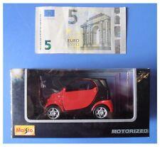 Smart rossa nera motorized pull back retrocarica modellismo marca Maisto 1:33