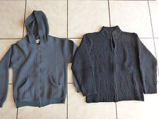 Un lot de deux gilets-vestes Taille 8 - 10 ans.