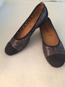 Gabor Shoes US 9 Womens  Black/silver Perforated Flats Worn Once  Org. $155