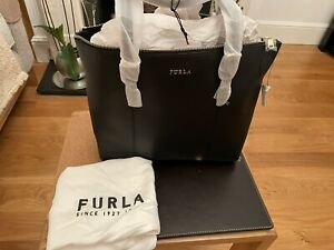Genuine Furla Italian Florence M tote Vitello black leather hand bag ladies, NWT