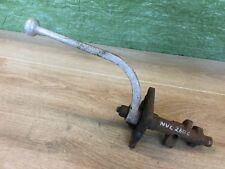Fordson E27N Single Lever Hydraulic Control Arm - NVC260C