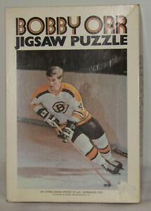 Vintage 1970 Bobby Orr Boston Bruins Jigsaw Puzzle Missing a Piece!!