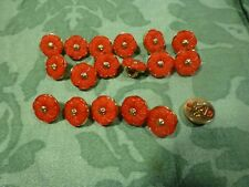 6mignons petits boutons rouges  petits vétements poupées  ou layette ,corsages