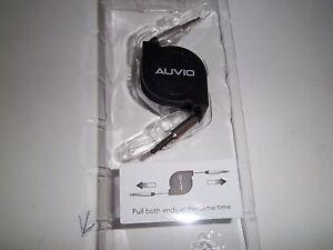 "AUVIO 4200991   3-FT 1/8"" RETRACTABLE STEREO CABLES  BLACK"