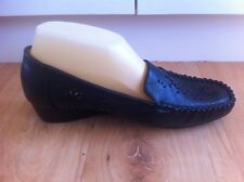 Ladies Black Leather EZYWALKIN Flats AUS Size 6 EU 37 Moccasins Cut Out