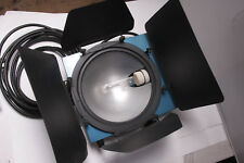 Colortran Mini-Pan 20 Studio Hot Light 2000W #104-336 w/Swivel BarnDoor USED F37