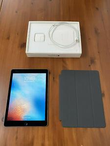Apple iPad Pro 1st Gen. 128GB, Wi-Fi, 9.7 in - Space Grey