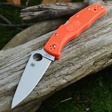 Couteau Spyderco Endura 4 Flat Ground Orange Acier VG-10 Manche FRN SC10FPOR
