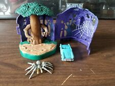 Harry Potter Polly Pocket Whomping Willow tree w/ spider 2001 Mattel playset