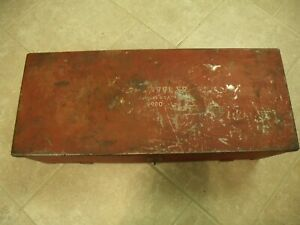 """VINTAGE """"PLOMB TOOL CO."""" MADE IN U.S.A. #9980 TOOL BOX WITH HASP & SIDE HANDLES."""