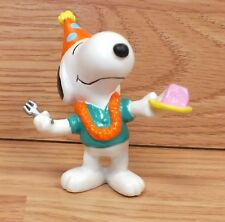 Genuine United Feat. Vintage (1958, 1966) Snoopy Birthday Party Kids Pvc Toy