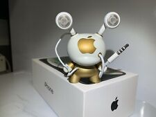 Kidrobot Custom Apple Dunny/qee/kaws/supreme/iphone
