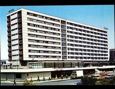 ZAGREB (YOUGOSLAVIE) CAMION de LIVRAISON & MERCEDES à l'HOTEL INTERNATIONAL