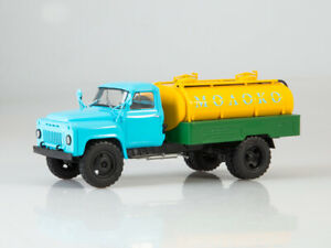 Scale model truck 1:43 GAZ-53 tanker ACPT 3,3 Milk