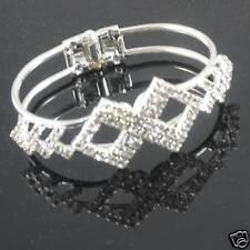 BEAUTIFUL DIAMANTE  BRACELET IN GIFT BOX**LOVELY  GIFT BR79