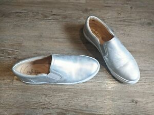 CLARKS Ultimate Comfort Silver leather slip on pumps trainers UK 5 D