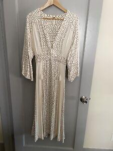 Free People Boho Chic White Ivory Printed Maxi Caftan Dress w/ Tassles  Sz 4