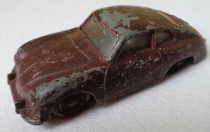 DINKY  TOYS      VW  PORSCHE  356 A     MADE  IN  ENGLAND      MECCANO  LTD.