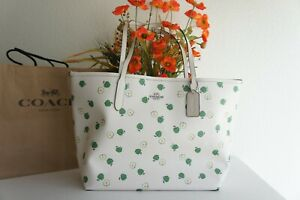 NWT COACH C4119 City Tote With Apple Print Chalk Green Multi $350