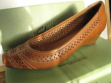 Clarks Artisan Ryla Castle Womens Brown Leather Wedges Heels Shoes Size 7.5M US