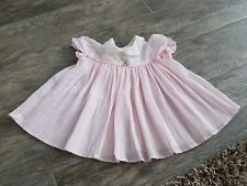 Vintage baby girls size 9 months pink dress with white, embroidered collar.