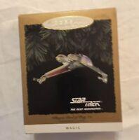Hallmark Keepsake Ornament QLX738-6: Star Trek: The Next Generation Klingon B...