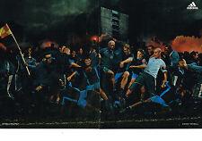 PUBLICITE ADVERTISING  2005   ADIDAS   ( 2 pages)  vetements sport DJBRIL CISSE