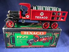 S2-83 ERTL 1925 KENWORTH STAKE TRUCK COLLECTORS BANK - 1:25 SCALE - TEXACO